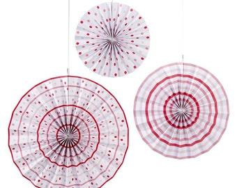 3 x paper fans pinwheels rosette in pink pattern