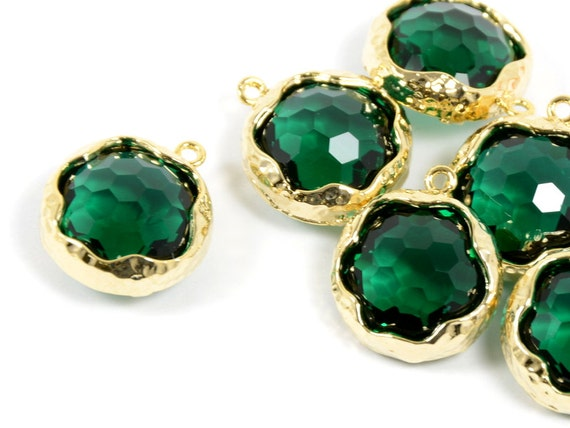 Green Glass Pendant, Round Green Pendant, Emerald Green Color with Hammered Finished Frame in Anti-tarnish Gold Plating  - 2 pcs/ order