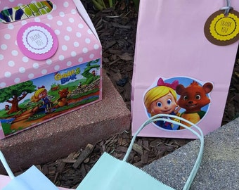 Goldie and bear  Favor Boxes or favor bags