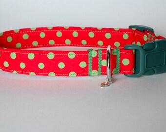 "Handmade Christmas Red w Bright Green Dot Design Dog Collar ""New"""