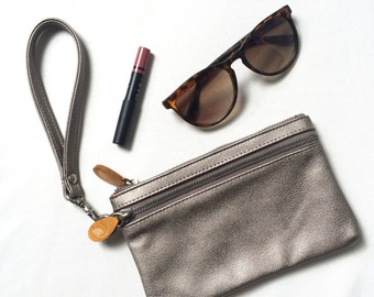 vegan leather clutch | metallic phone case | wristlet purse | vegan wristlet wallet | vegan clutch purse | vegan leather wristlet
