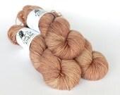 Hand dyed sock yarn, fingering weight yarn, High Twist 75/25 superwash merino wool/nylon - 'Cocoa Creme' kettle dyed - Romulus Sock yarn
