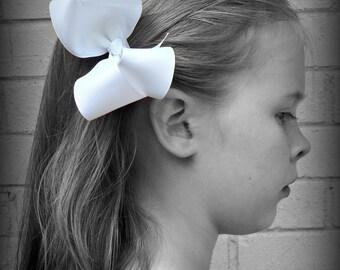 White Hair Bow, White Boutique Hair Bow, White Hairbow, White Hair Clip, Boutique Hair Bow, Hairbows, School Hair Bow, Hair Bows for Babies