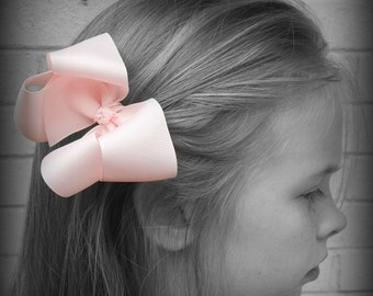 Light Pink Hair Bow, Pink Boutique Hair Bow, Baby Pink Hairbow, Pink Hair Clip, Boutique Hair Bow, School Hair Bow, Hair Bows for Babies