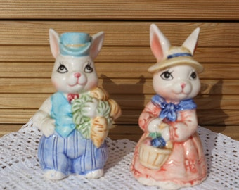 Vintage  1950's Rabbit Salt and Pepper pots