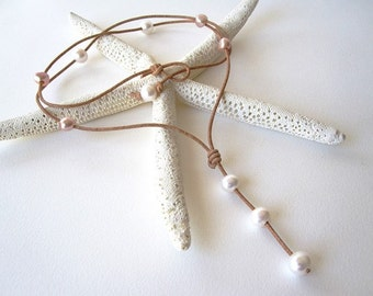 Leather and Pearl Lariat Necklace, Leather Lariat, Freshwater Pearl Necklace, Pearl and Leather Jewelry, Leather Necklace, White Pearls