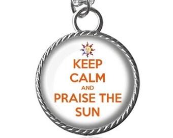 Dark Souls Necklace, Praise The Sun, Dark Souls Solaire of Astora Sun Pendant Key Chain Handmade
