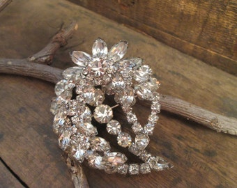 vintage clear marguise and round cut rhinestone brooch