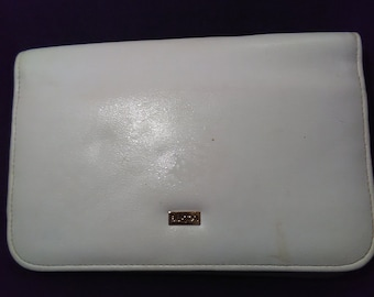 Buxton - White Leather Wallet - Great shape!