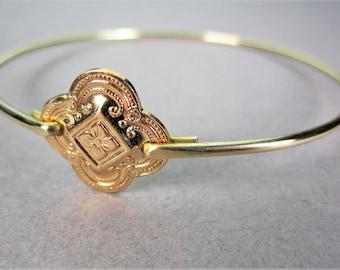 Gold Clover Bracelet, Gold Bangle Bracelet, Quatrefoil, Victorian Bracelet, Bangle Bracelet, Bridesmaid Gifts, Gifts for her