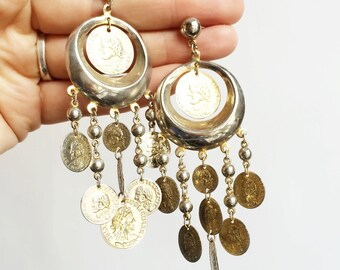 Dangly lightweight coin earrings.