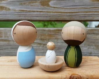 Kokeshi Peg Doll Nativity Set - Includes Wooden Stable/Storage Box