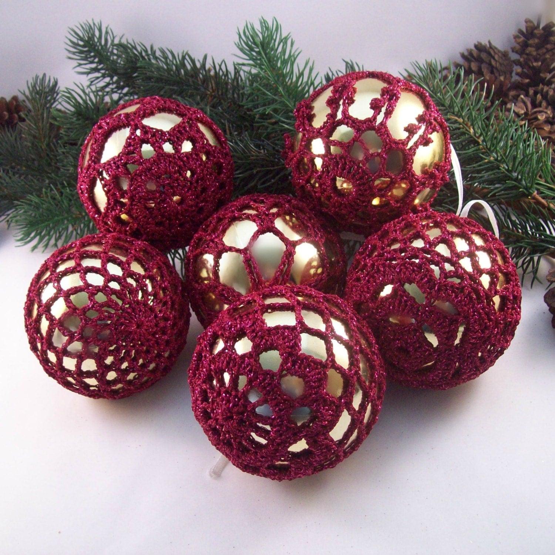 Gold burgundy christmas baubles crochet