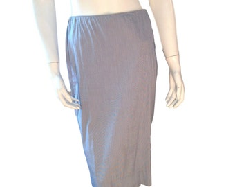 Calvin Klein Collection Cotton Pin Striped Blue Knee Length Skirt - Made in Italy - (Size 6)
