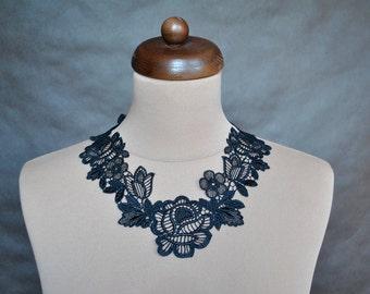Elegant GOTHIC VAMPIRE Glamour CHOKER, necklace, black guipure, flowers