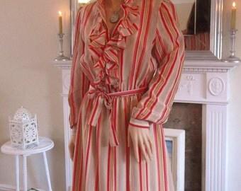 1970s dress Faux silk dress Red stripe dress Ruffled dress Secretary dress Candy stripe dress 70s midi dress Silky stripe dress UK 10-14