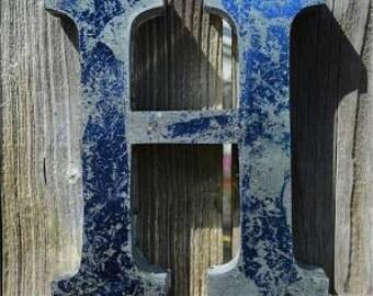 Medium vintage style 3D blue letter H