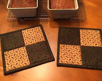 Quilted Potholders / Kitchen Potholders / Handmade  / Country Decor / Item #1491