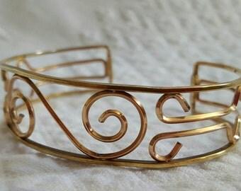 VINTAGE KREMENTZ cuff bracelets lot of two, two tone: gold, rose gold