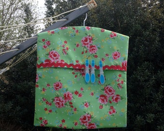 Clothes Pin Bag in Vintage Style Green & Pink Floral Fabric – Fully Lined