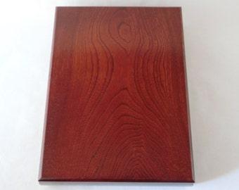 Natural wooden box