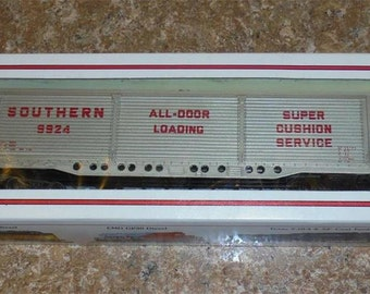 Bachmann Southern All-Door Loading Box Car New HO Scale