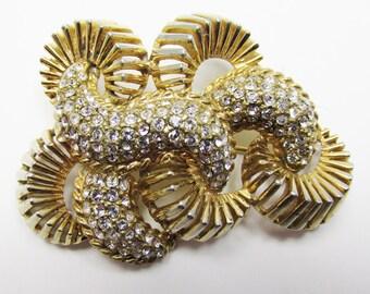 Avant-Garde Vintage 1950s Gold Toned Rhinestone Pin