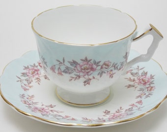 Aynsley White Blue Pink Flower Vintage Fine Bone China Tea Cup and Saucer Made in England