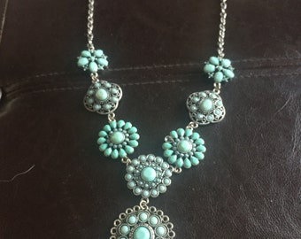 Fake Turquoise chain necklace with beads