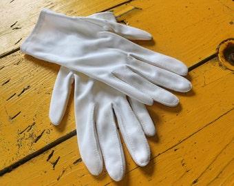 Vintage Teenage GIRL's Off-White Dress Gloves, Retro girl's dress gloves, vintage girl's dress gloves, retro teenage girl's clothing
