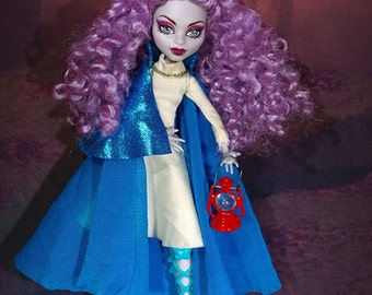 Synthetic Curly Doll Wig size 4-5 fits Monster High Dolls- Arwen available in Violet or Pink