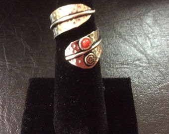 Adjustable silver Ring with a red jasper stone