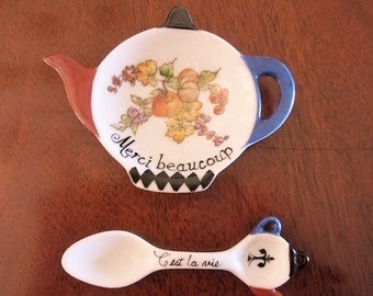 Tea Caddy with matching spoon~  French Country theme