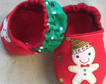Gingerbread Christmas baby booties, crib shoes, infant, holiday, green, polka dot