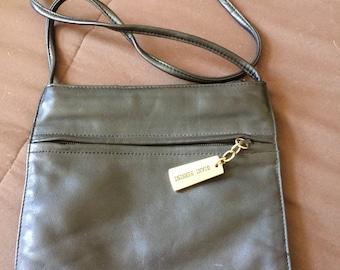 Vintage Giani Bernini cross body purse bag leather