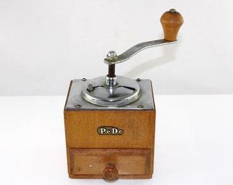 Vintage coffee grinder/coffee mill