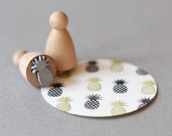 Stamp Pineapple small B061