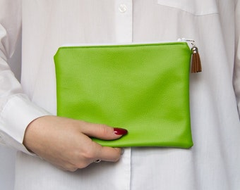 SALE! Bright Green Purse