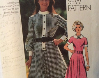 CLEARANCE!!  Simplicity 9849 vintage 1970's misses dress sewing pattern size 14 1/2 size 14.5 bust 37