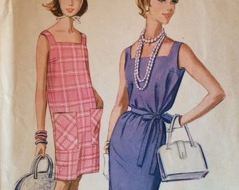 McCall's 5814 junior misses beach dress size 11 bust 31.5 or size 12 bust 32 vintage 1960's sewing pattern