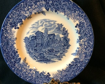 WEDGWOOD QUEEN'S WARE, Moreton Old Hall,  Collector's Plate