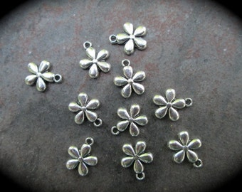 Daisy Flower charms package of 10 double sided three dimensional puffed flower charms perfect for adjustable bangle bracelets