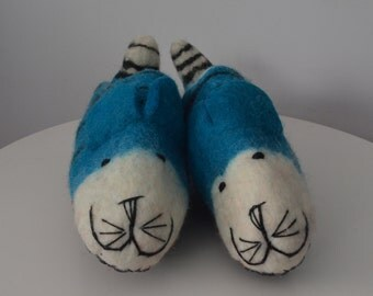 Felted slipper, handmade slipper, indoor felted slipper