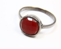 Natural Red Onyx Ring, Chalcedony Ring, Onyx Jewelry, Gemstone Rings, Black Rhodium Ring, Oxidized Ring, Natural Gemstone Jewelry