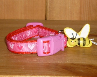 6.25 - 8.5 ins Small Dog or Puppy Collar - Pink Red Hearts