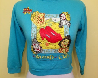 1980s the Wizard of Oz shirt.sweatshirt.size xxs.xs.vintage.kids.women's.top.movie.dorothy.lion.tin man.ruby slippers.red.crop top.scarecrow