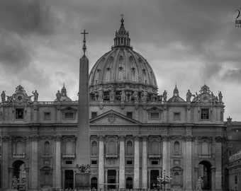 Rome, black and white photography of the Saint Peter's Basilica, Cloudy day in Rome, Italy, photo of the Vatican, print