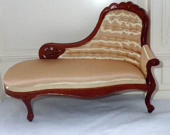1/6 scale chaise lounge for 12 inch or 14 inch fashion doll such as Barbie BJD Fashion Royalty