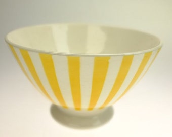 Ceramic bowl yellow shell