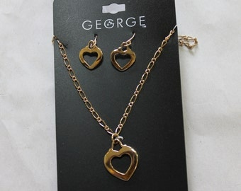 Pendant Heart Shaped Necklace w Matching Earrings, Nice Gold Chain, Good Clasp, Beautiful, Fashion Accessory, Hypo Allergenic